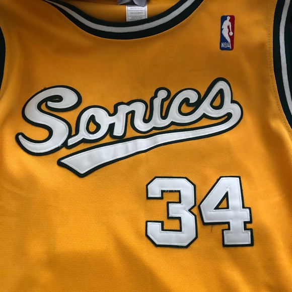 big sale 90269 4c1aa Yellow/green/white Sonics Ray Allen jersey!!